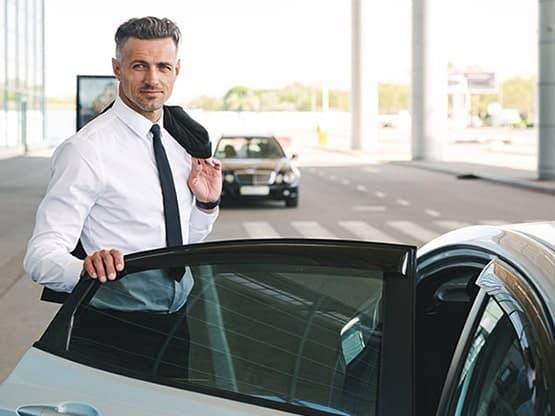 Vos déplacements professionnels avec chauffeur privé VTC depuis Courtaboeuf